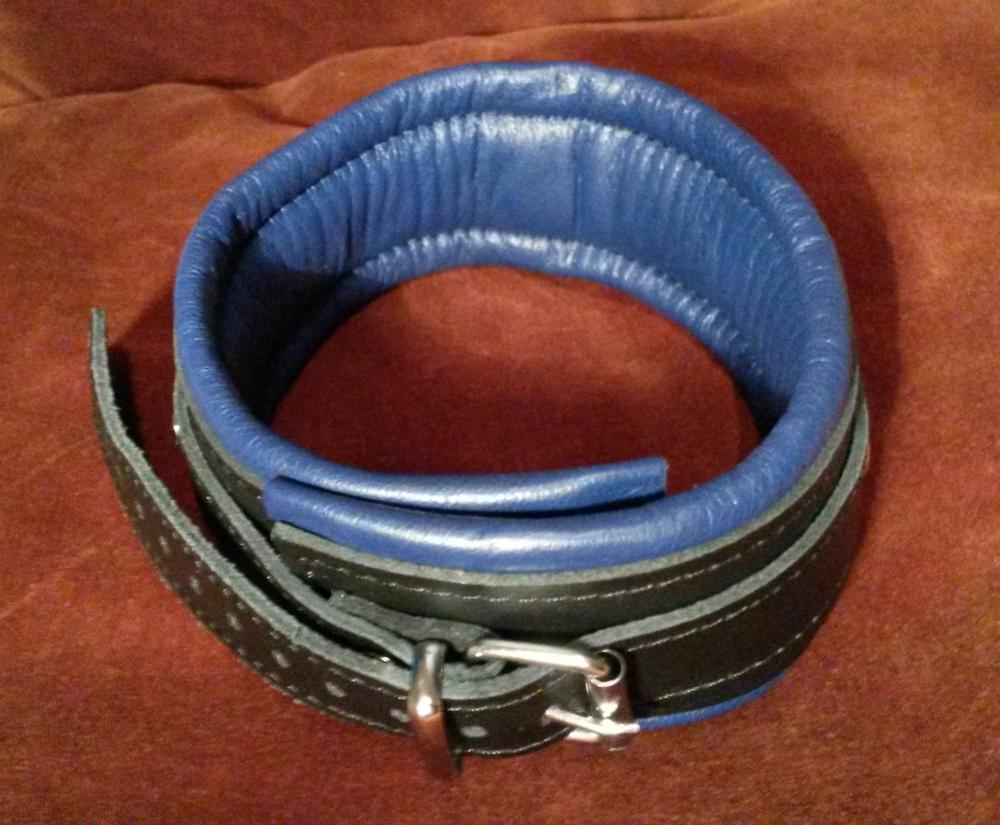 12 Halsband.jpg