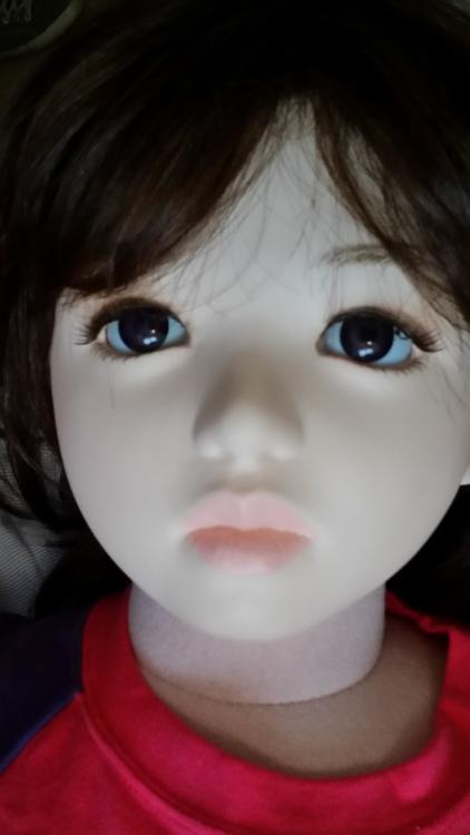 doll3.thumb.jpg.1499f6190f16d9c857066a4ab235b301.jpg