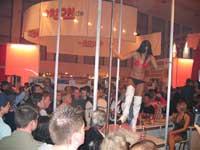 GoGo- Dance auf dem VENUS- Messe- Stand von ORION