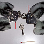 Plüsch-Handschellen